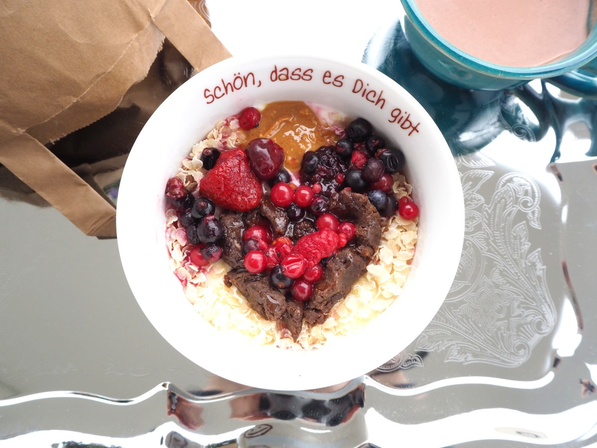 Valentins-Frühstücksbowl
