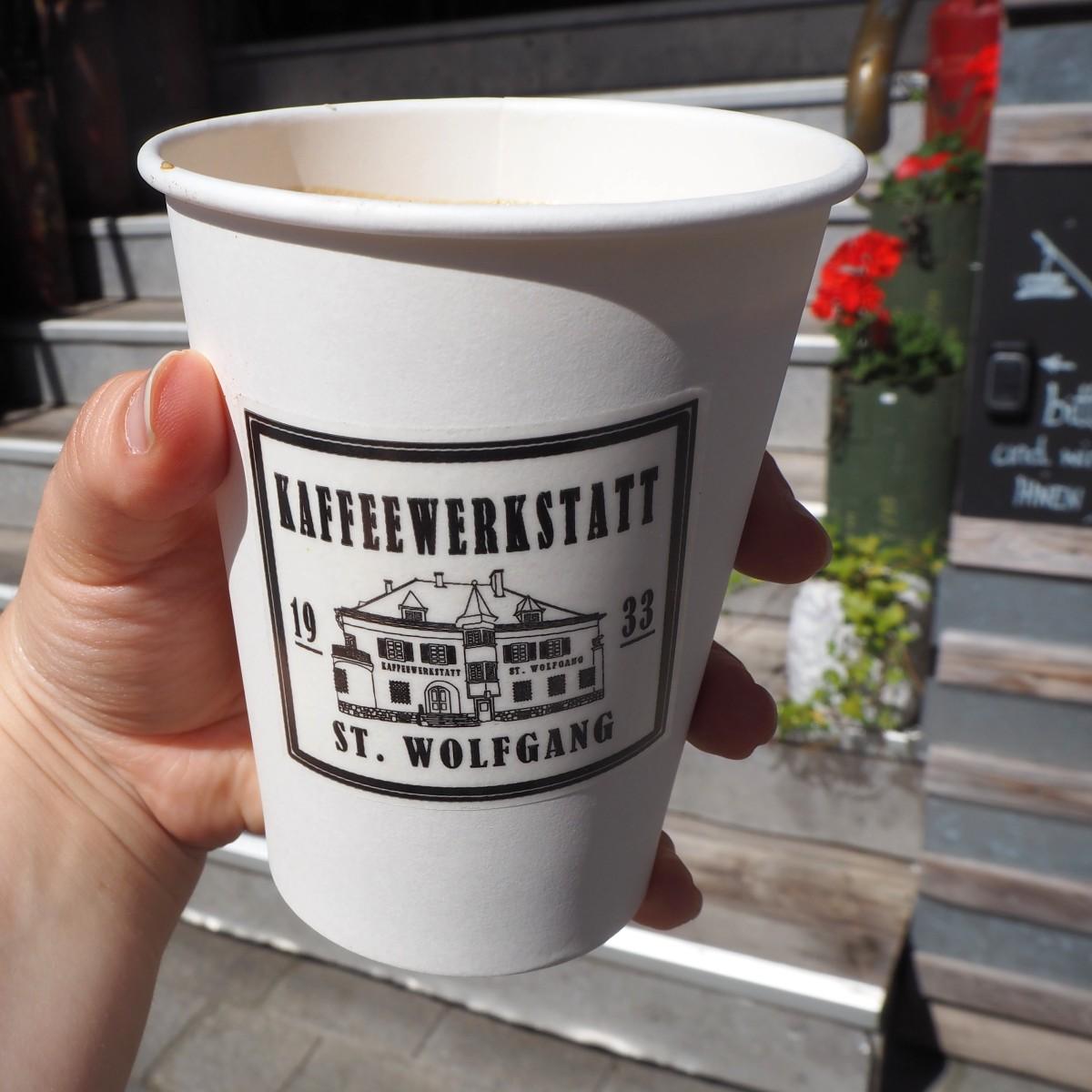 Die Kaffeewerkstatt in St. Wolfgang Oberösterreich ist zu Recht mit der goldenen Kaffeebohne als bestes Kaffeehaus in Oberösterreich prämiert worden.